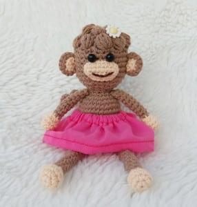 amigurumi-kivircik-bebek-maymun-yapimi