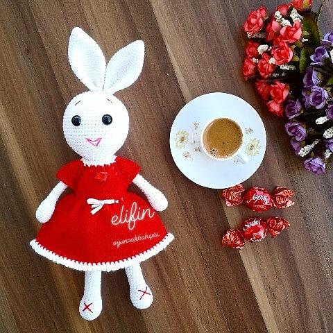 Zikzak örgü amigurumi bebekler için elbise(6) - YouTube | 480x480