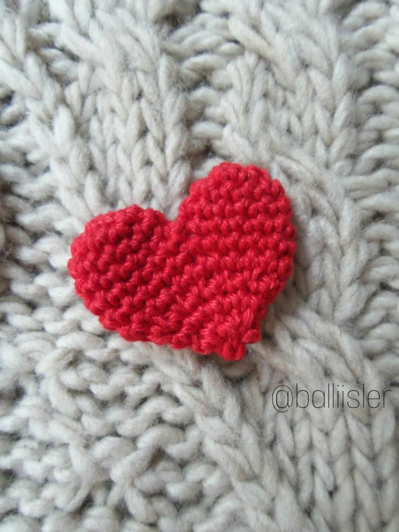 kalp broş