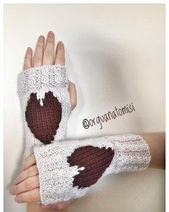 kalp-desenli-parmaksiz-eldiven-yapimi