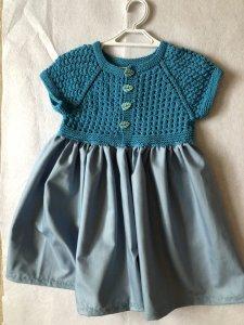 yazlik-kumasli-cocuk-elbisesi-yapimi