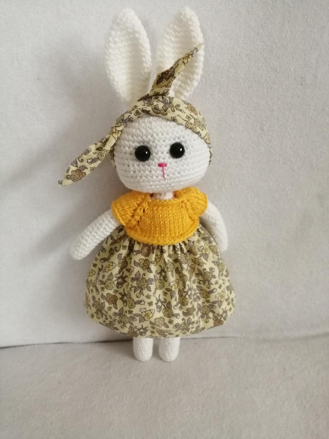 amigurumi-bebekler-icin-elbise-yapimi