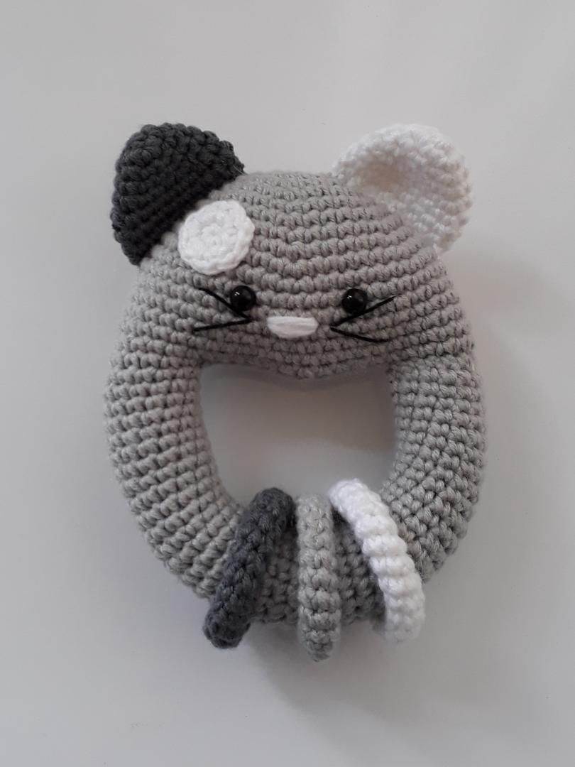 amigurumi-vikvikli-kedi-cingirak-yapimi-1