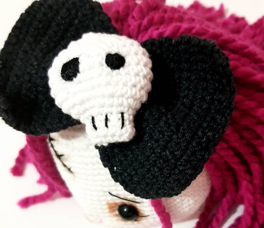 amigurumi-mr-ve-mrs-skull-yapimi-1