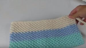 pastel-renkli-kolay-portfoy-canta-yapimi
