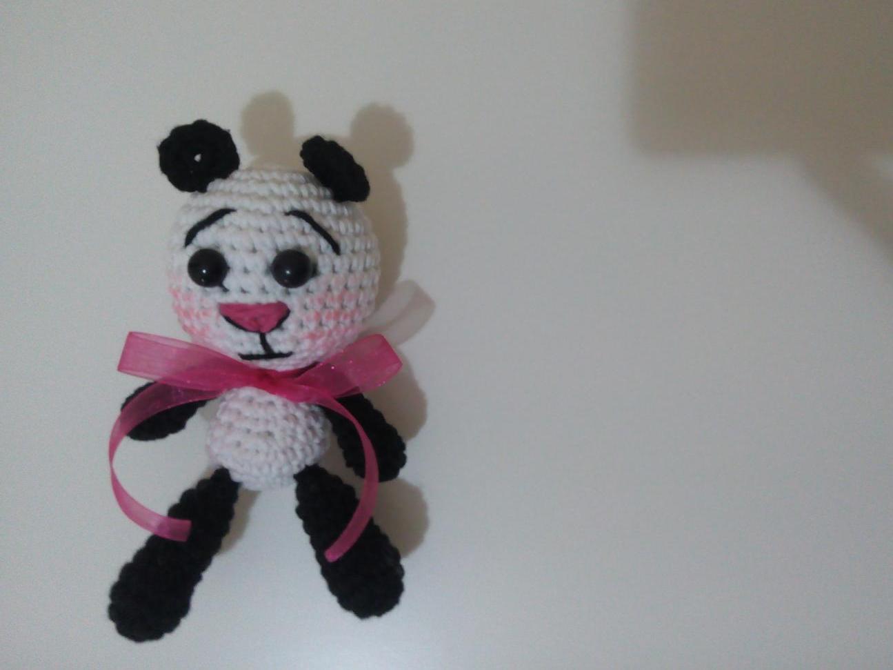 Amigurumi Panda Anahtarlık Tarifi, #Amigurumi #Anahtarlık #Panda ... | 971x1295