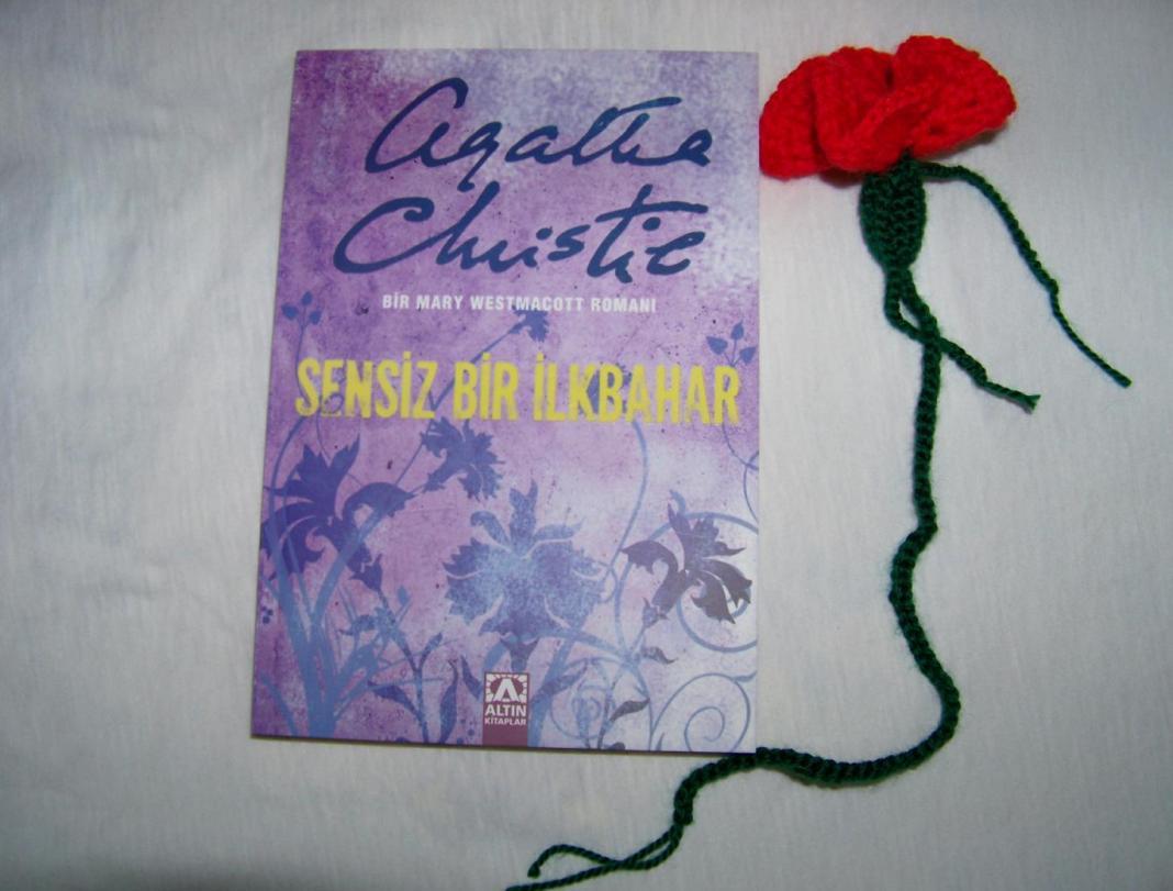 karanfil-kitap-ayraci-yapimi