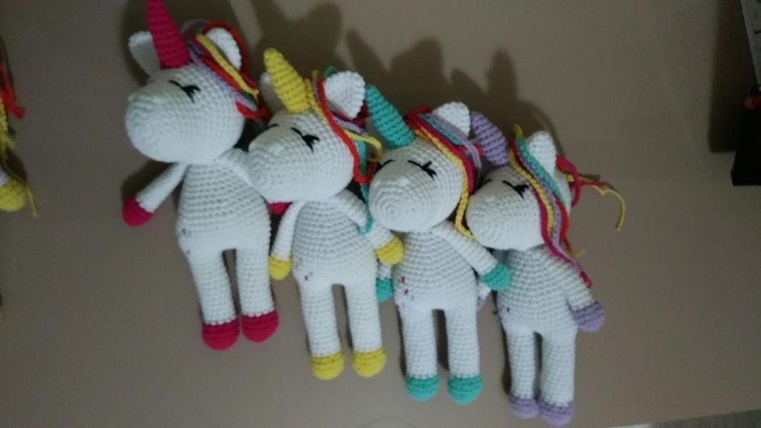 amigurumi-kolay-unicorn-yapimi