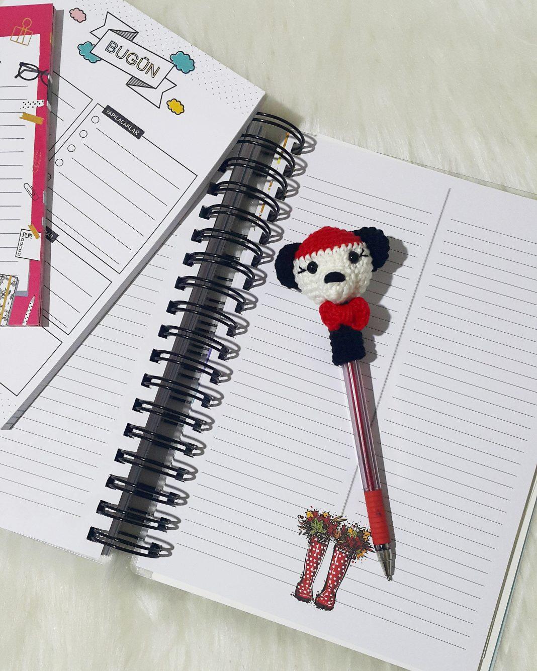 amigurumi-panda-kalem-basligi-yapimi