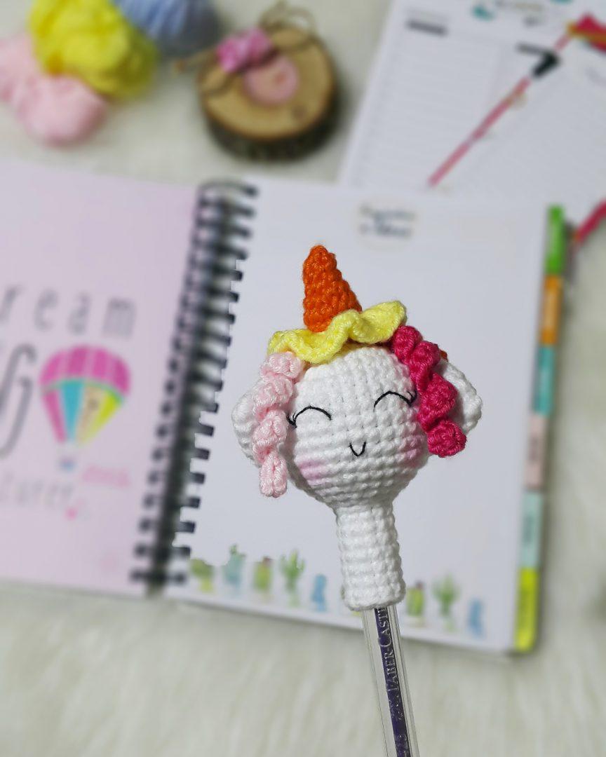 amigurumi-unicorn-kalem-basligi-yapimi-1
