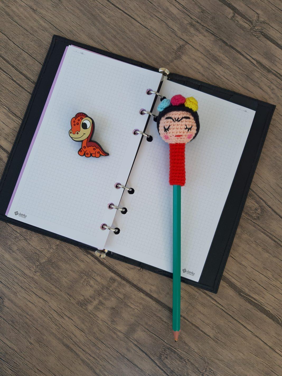 amigurumi-frida-kalem-başligi-yapimi