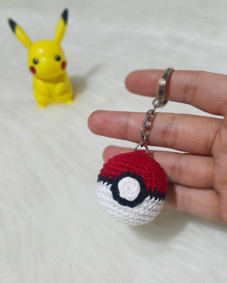 amigurumi-pokemon-go-topu-anahtarlik-yapimi-1