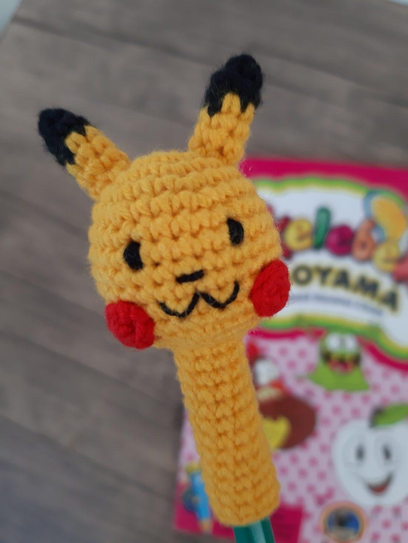 amigurumi-pikachu-kalem-basligi-yapimi-1