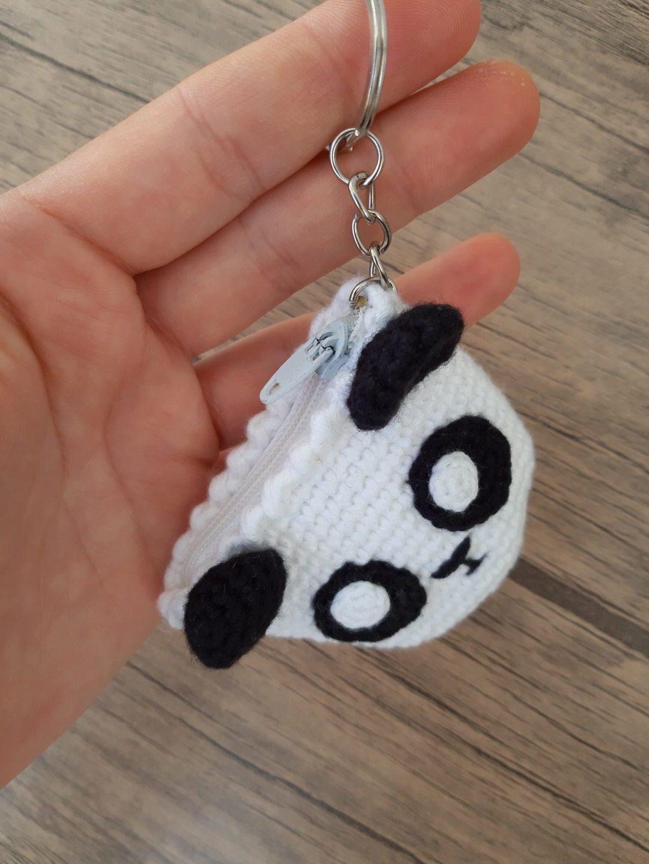 amigurumi-panda-bozuk-para-cuzdani-yapimi-1
