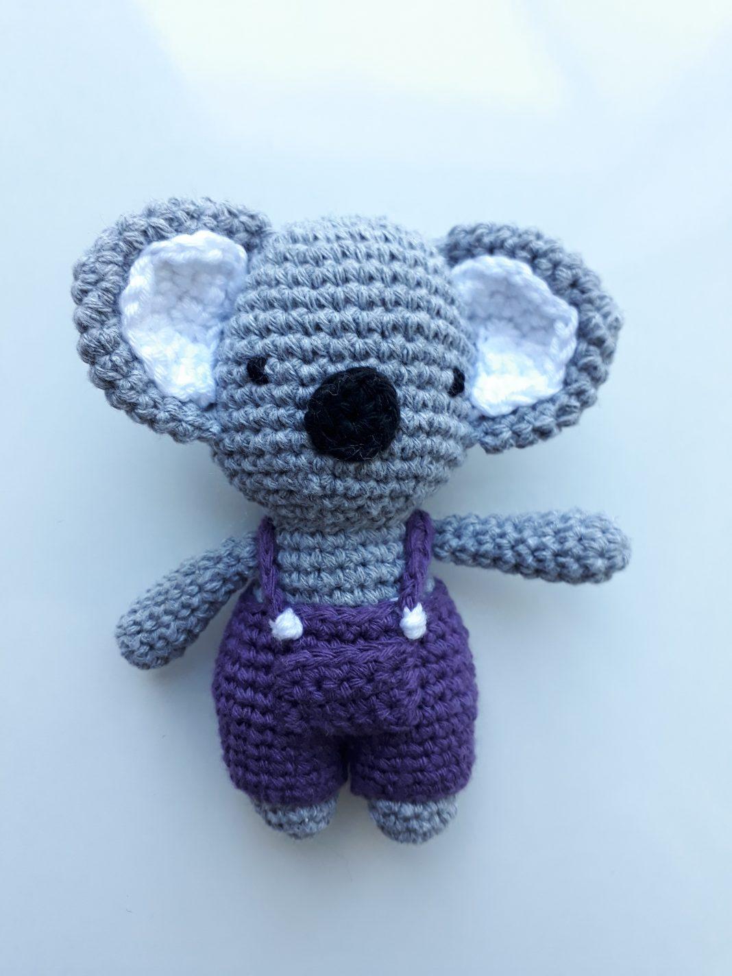 amigurumi-mor-salopetli-koala-yapimi