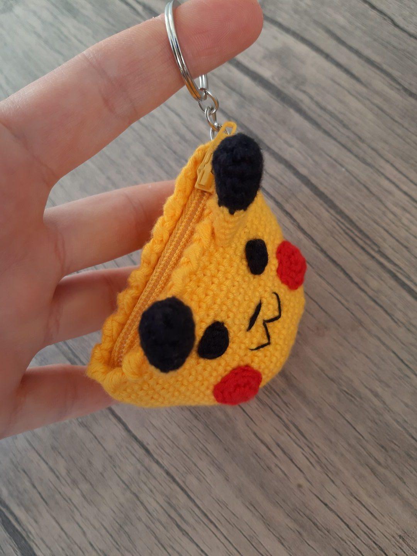 amigurumi-pikachu-bozuk-para-cuzdani-yapimi-1