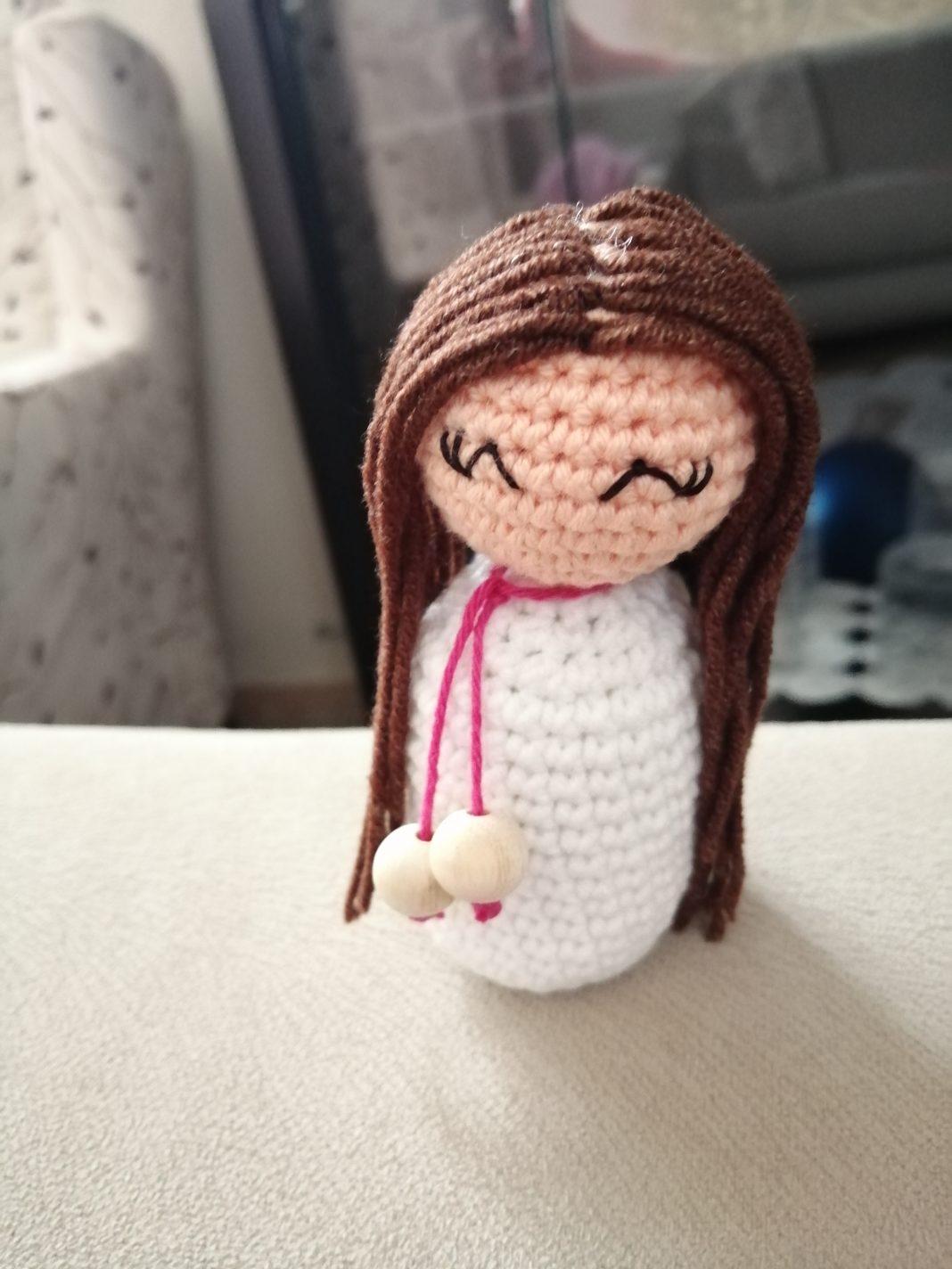 amigurumi-dekoratif-bebek-yapimi