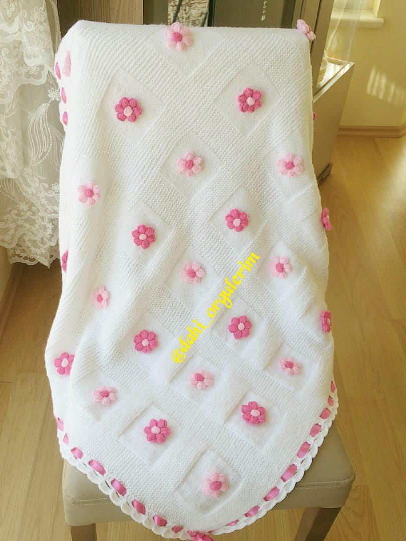 kutucuklu-bebek-battaniyesi-yapimi