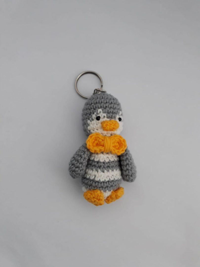 amigurumi-penguen-anahtarlik-yapimi