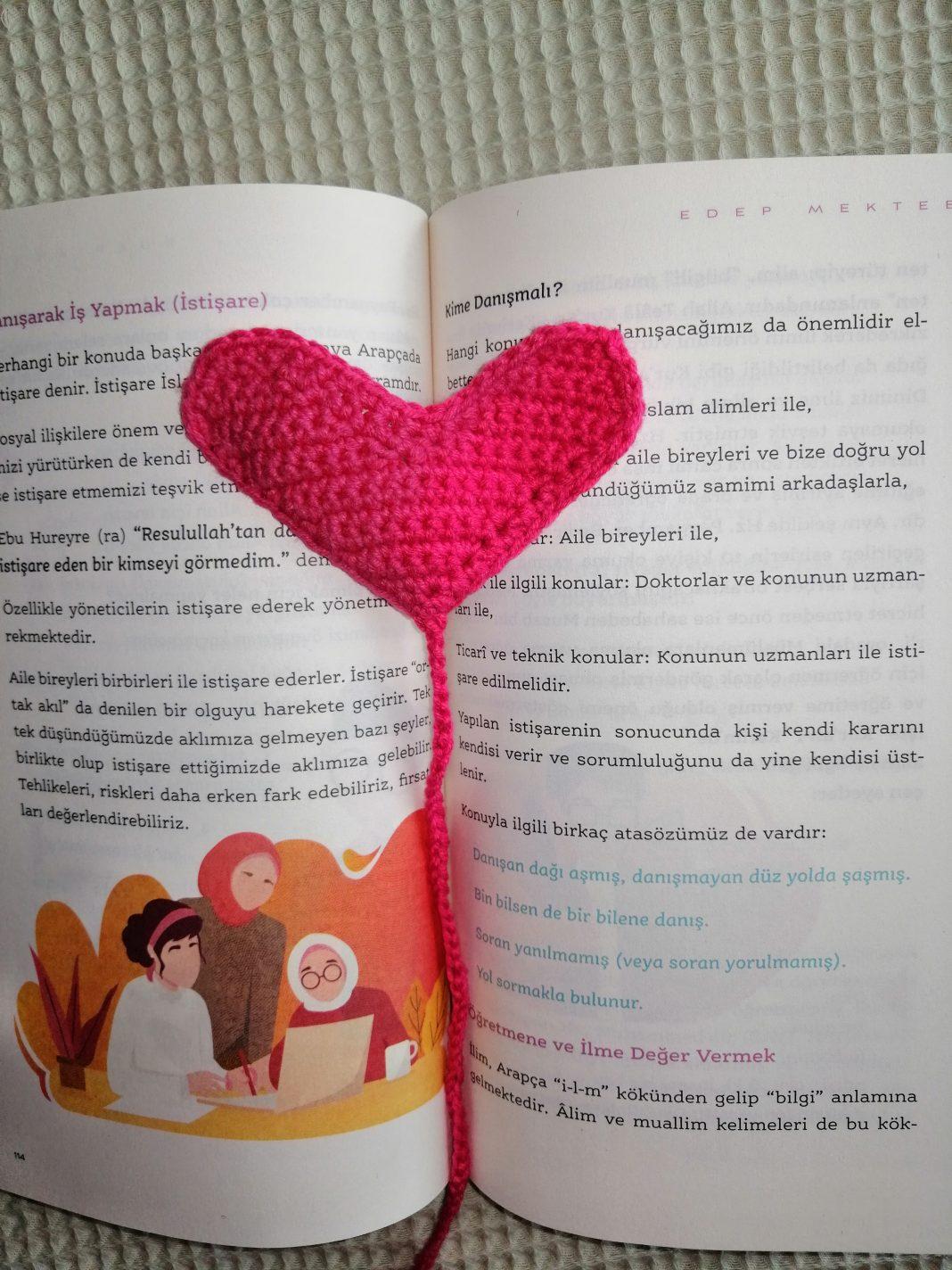 kalpli-kitap-ayraci-yapimi