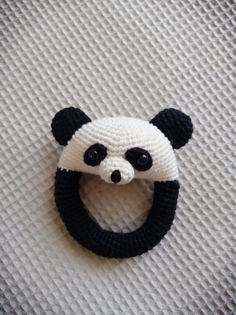 amigurumi-kolay-panda-cingirak-yapimi