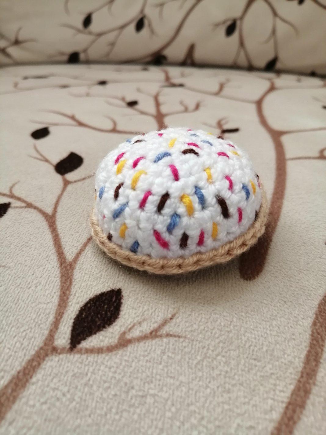 amigurumi-marshmallow-biskuvi-yapimi