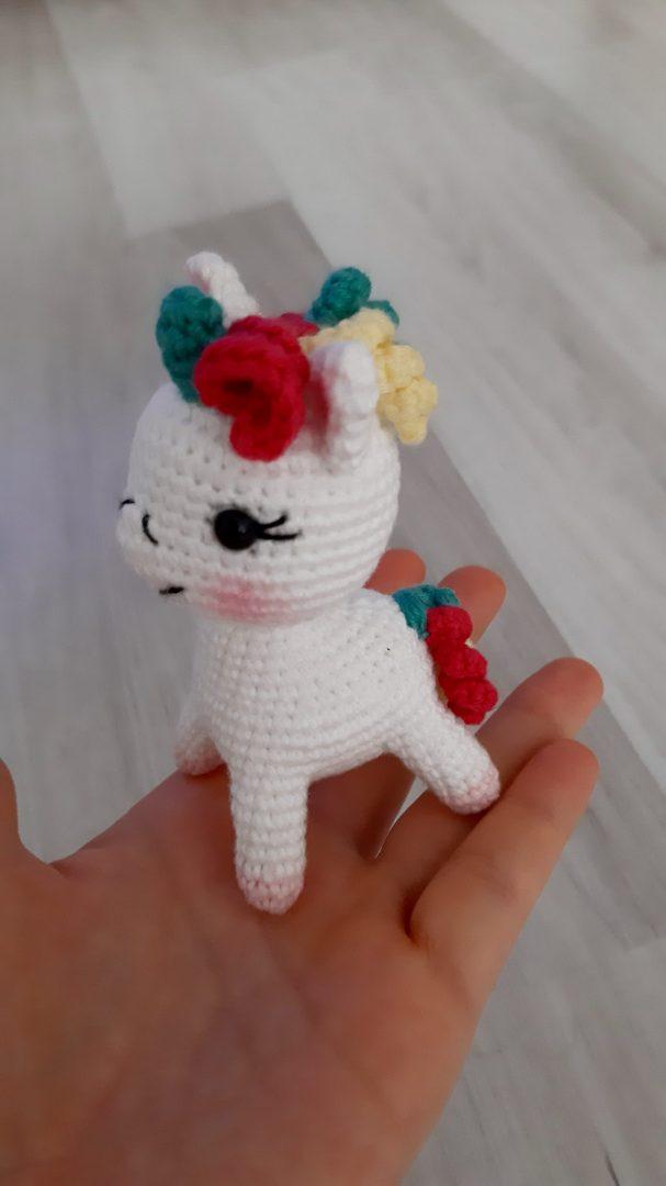 amigurumi-minik-unicorn-yapimi